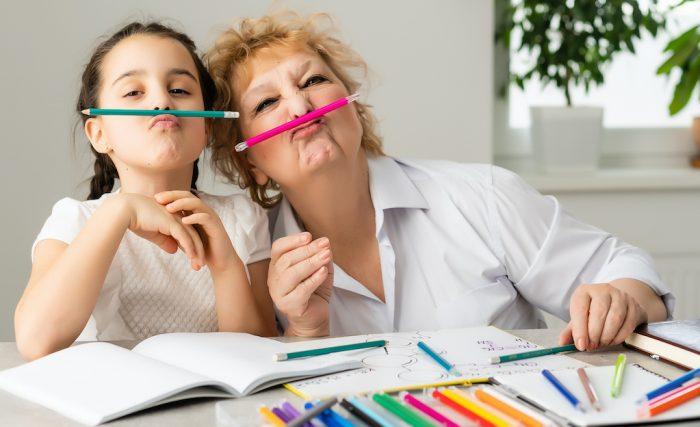 bonus babysitter a chi spetta: elenco delle categorie di genitori lavoratori che possono fare richiesta