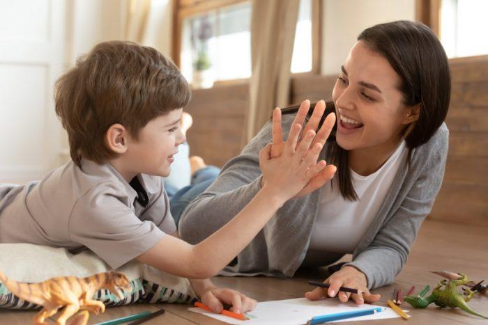 Come richiedere il bonus babysitter: fare domanda online o rivolgersi ad un patronato